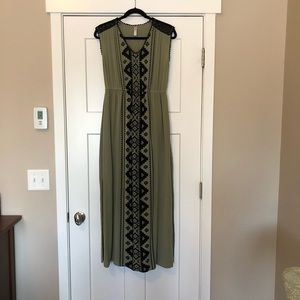 Xhilaration Maxi Dress Large